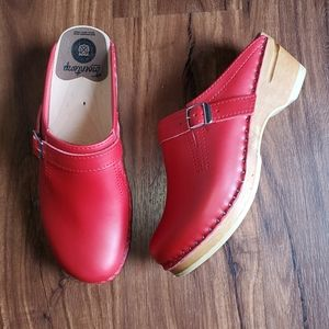 Troentorp red clogs with buckle detail